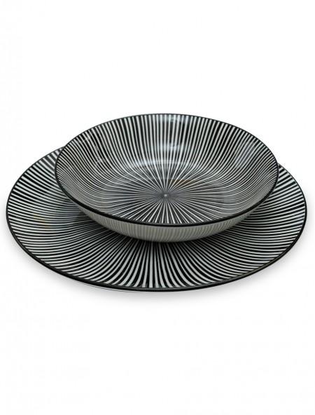 Πιάτο βαθύ πορσελάνης με ασπρόμαυρο σχέδιο