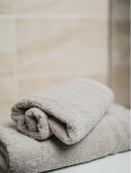 Πετσέτα σώματος πενιέ Biancasa