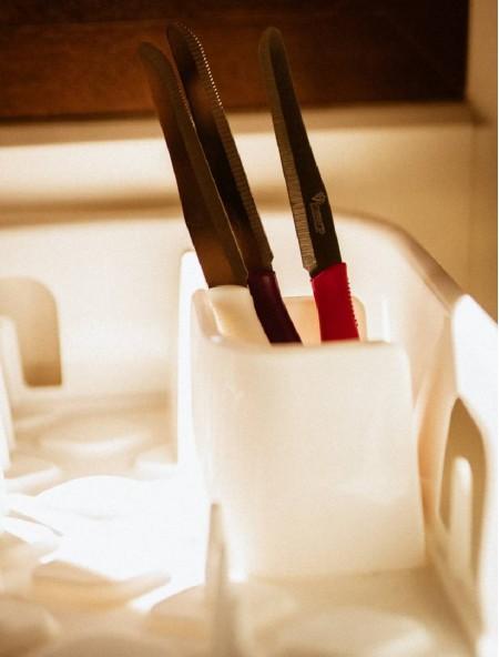 Μαχαίρι από ανοξείδωτο ατσάλι με δόντια άσπρο 12cm