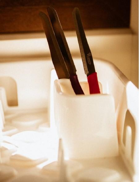 Μαχαίρι από ανοξείδωτο ατσάλι με δόντια μωβ 12cm