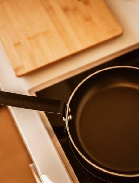 Τηγάνι αντικολλητικό αλουμινίου Professional Chef 20cm