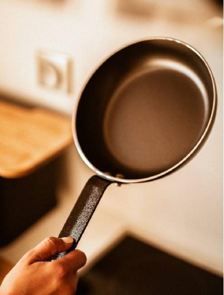 Τηγάνι αντικολλητικό αλουμινίου Professional Chef 22cm
