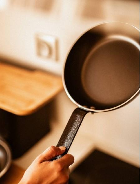 Τηγάνι αντικολλητικό αλουμινίου Professional Chef 24cm