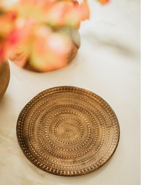 Διακοσμητικός δίσκος με ανάγλυφα σχέδια μαύρος
